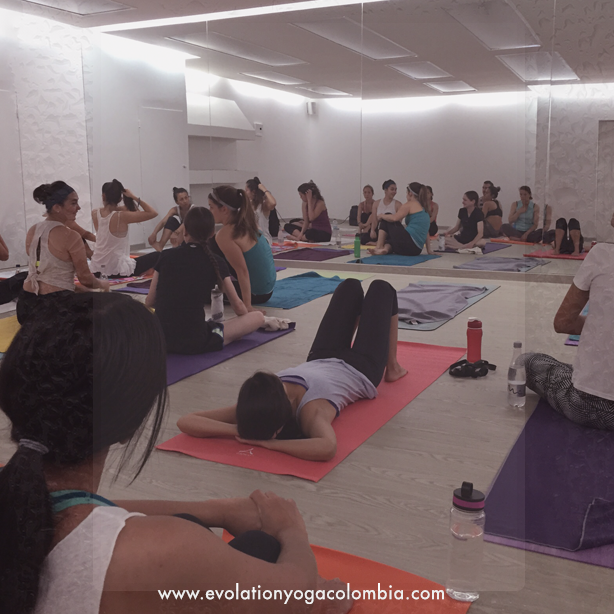 hot yoga bogota, bikram yoga colombia, hot yoga chapinero, hot yoga, vinyasa flow, yoga en calor